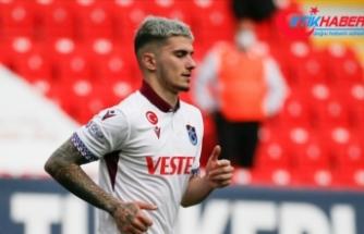 Trabzonspor'un genç oyuncusu Berat Özdemir: Hedefim oynadığım takımları yurt dışında en güzel şekilde temsil etmek