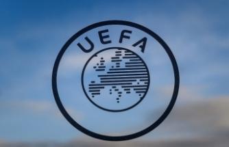 UEFA, Danimarka - Finlandiya maçını erteledi