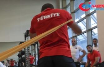 Judoda Türkiye'yi temsil eden Mihael Zgank, yarı finalde