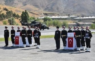 Pençe Harekatı bölgesinde şehit olan askerler için Hakkari'de tören düzenlendi