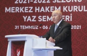 TFF Başkanı Özdemir: 2023 yılından itibaren kadın hakemlerimizin Süper Lig'de maç yönetmesini hedefliyoruz