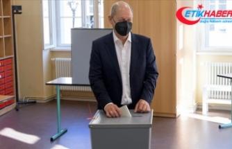 Almanya'daki genel seçimlerden Sosyal Demokrat Parti birinci çıktı