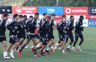 Beşiktaş'ın Altay maçı kamp kadrosu belli oldu