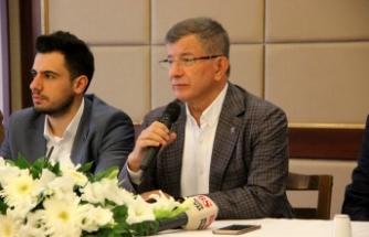 Davutoğlu soru soran gazeteciye çıkıştı