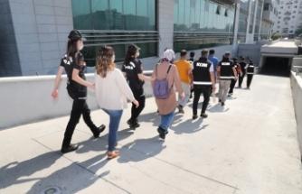FETÖ'nün evlendirme-izdivaç sorumlularına operasyon: 9 gözaltı
