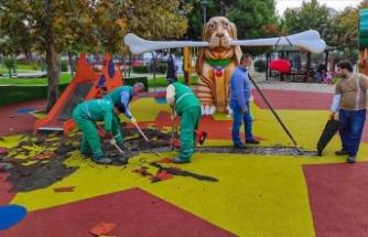 Küçükçekmece'de parkta terör örgütü sembollerini andıran görsellerle ilgili davada mütalaa açıklandı