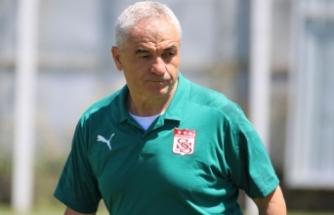 Sivasspor Teknik Direktörü Rıza Çalımbay'dan hakemlere uyarı