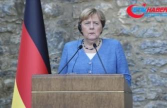 Almanya Başbakanı Merkel: Yasa dışı göç konusunda AB'nin vereceği desteğin devam edeceğini ifade ettim