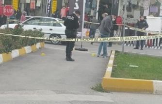 Cadde ortasında silahlı kavga: 1 yaralı, 4 gözaltı
