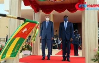 Cumhurbaşkanı Erdoğan, Togo Cumhurbaşkanı Gnassingbe tarafından resmi törenle karşılandı