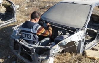Haciz ve yakalama kayıtlı araçları parçalayan şahıs gözaltına alındı