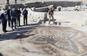 Kayseri'de Geç Roma-Erken Bizans dönemine ait mozaikli yapı bulundu