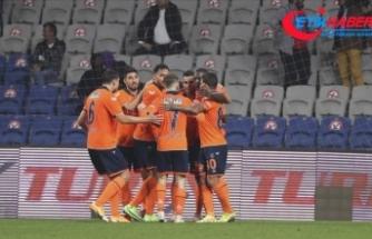 Medipol Başakşehir, Emre Belözoğlu dönemine Beşiktaş galibiyetiyle başladı