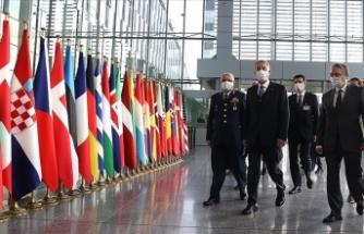 Milli Savunma Bakanı Akar, NATO Savunma Bakanları Toplantısı için NATO Karargahı'nda