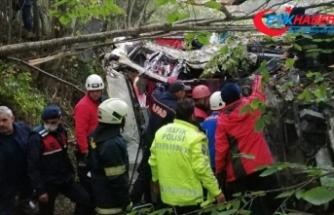 Samsun'da uçuruma devrilen yolcu otobüsündeki 2 kişi öldü, 14 kişi yaralandı