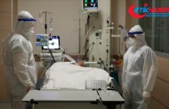 Türkiye'de 25 bin 528 kişinin Kovid-19 testi pozitif çıktı, 229 kişi yaşamını yitirdi