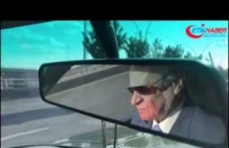 MHP Lideri Bahçeli 1977 model arabasıyla Ankara yollarında