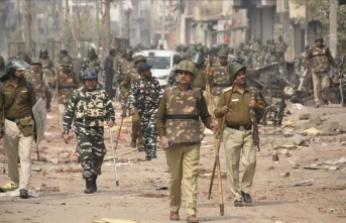 Yeni Delhi'de vatandaşlık yasasına karşı protestolarda 35 kişi öldü