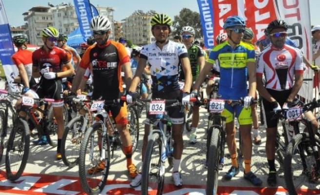5. Uluslararası Manavgat Dağ Bisikleti Maratonu'na 130 sporcu katıldı