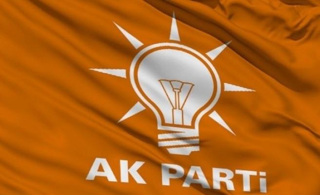 AKP'den anayasa değişikliğine 44 soruyla yanıt