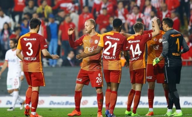 Antalya'da son sözü Aslan söyledi!
