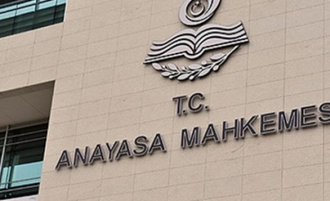 Anayasa Mahkemesi Diyanet çalışanlarının siyaset yasağının iptal istemini reddetti