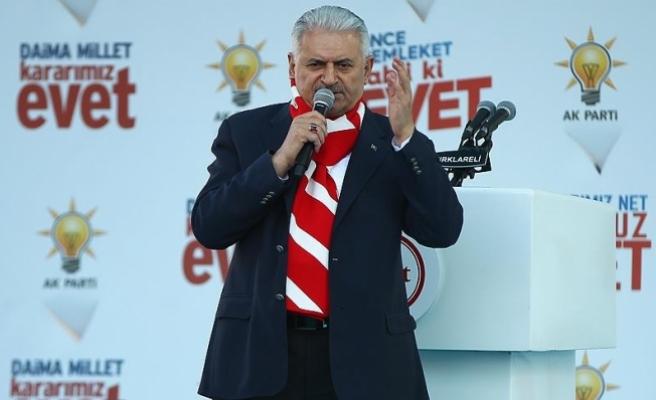 Başbakan Yıldırım: Atatürk rahmetli hayatta olsa bunları CHP'nin kapısından içeri sokmaz
