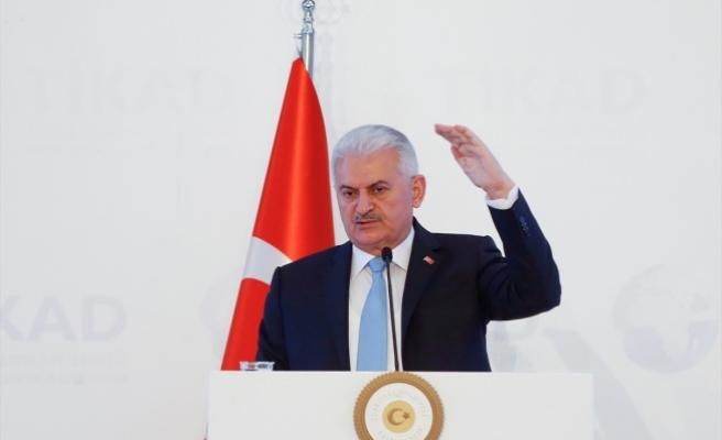 Başbakan Yıldırım: İstikbal ve gelecek mücadelemizi birlikte vereceğiz