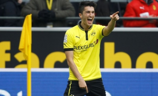 Borussia Dortmund'da Nuri Şahin, Kulübün 4. Ligdeki Alt Takımında Oynayacak