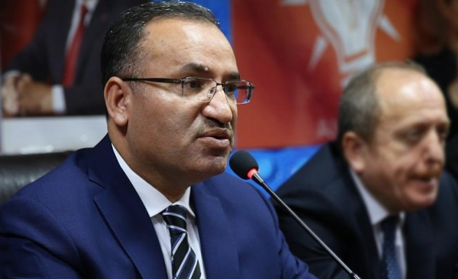 Bozdağ: Türk vatandaşlarının üzerine baskı kuruyorlar ki sandığa gitmesinler