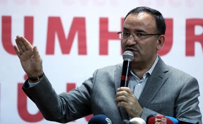 Bozdağ: Türkiye devletinin onuruyla kimsenin oynamasına izin vermeyeceğiz