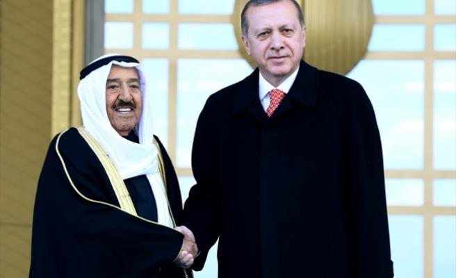 Cumhurbaşkanı Erdoğan, Al Sabah'ı resmi törenle karşıladı