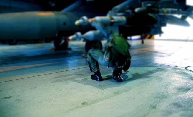 Darbe girişiminden 2 gün önce uçaklara Sniper taktırmış