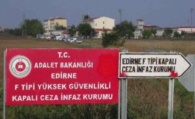 Demirtaş'ın kaldığı cezaevinde 6 PKK'lı açlık grevi başlattı