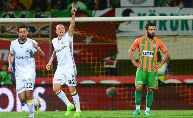 Fenerbahçe deplasmanda kazandı