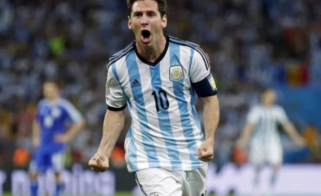 """Dünya Kupası'nın son """"Altın top""""u Messi'nin"""