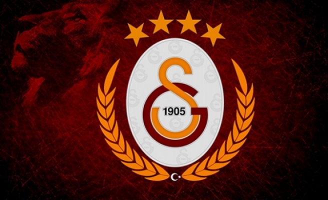 Galatasaray'da Arif Erdem ve Hakan Şükür'ün ihraç edilmemesi