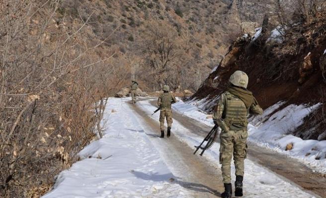Hakkari ve Tunceli'de PKK'ya ağır darbe