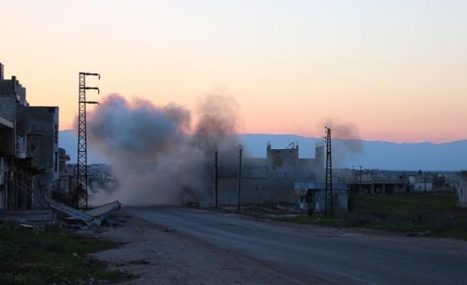 Hama'da sağlık merkezine ''klor gazlı'' saldırı