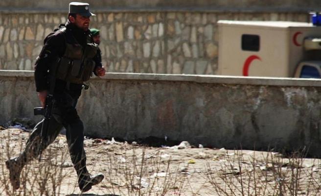 Kabil'de askeri hastaneye saldırı: 3 ölü, 56 yaralı