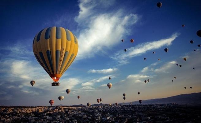 Kapadokya'da sıcak hava balonları sert iniş yaptı: 49 yaralı