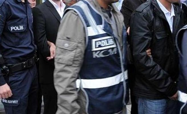 Mersin'de FETÖ/PDY operasyonu: 23 gözaltı