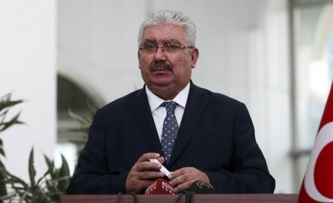 MHP'li Yalçın: Nagehan Alçı gibi tatlı su entelektüelleri…