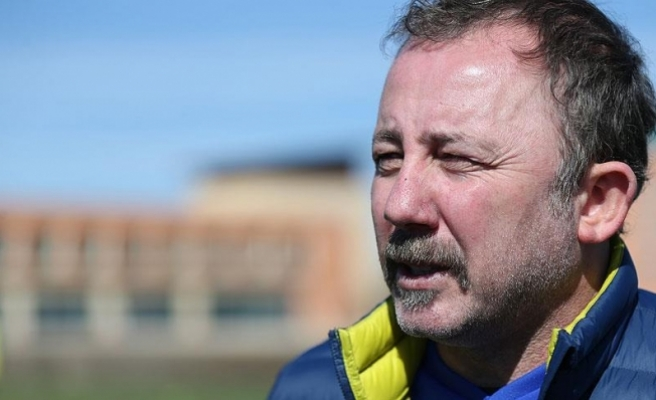 Sergen Yalçın: Milli takım arasına mutlu girmek istiyoruz