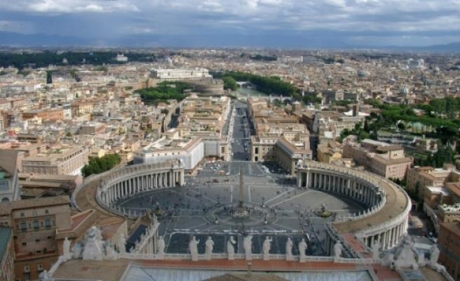Vatikan: Umarız Trump kararlarını gözden geçirir