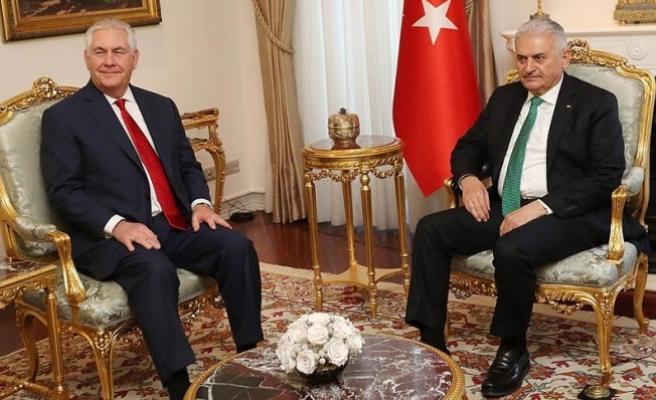 Yıldırım, ABD Dışişleri Bakanı Tillerson'ı kabul etti