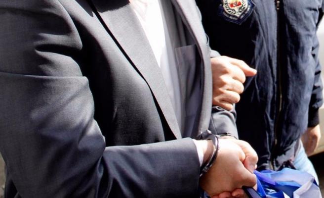 Ağır ceza hakimi 'rüşvet'ten tutuklandı