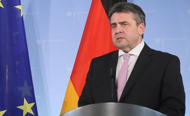 Almanya Türkiye'den gelen silah taleplerini askıya aldı