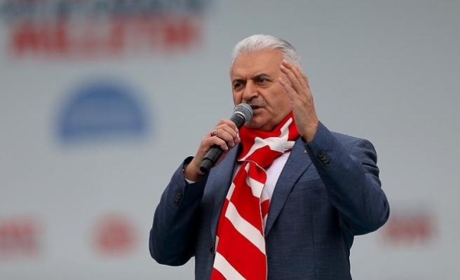 Başbakan Yıldırım'dan Kılıçdaroğlu'na: Senin 'hayır' dediğin anayasayı değiştiriyoruz