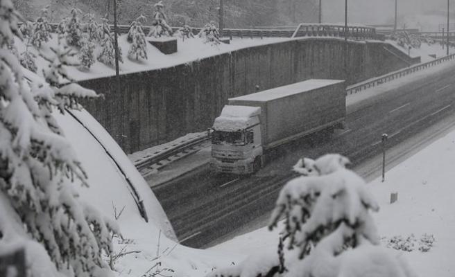 Bolu Dağı'nda ve Eskişehir'de yoğun kar yağışı